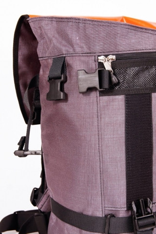 bagaboo ransel hátizsák csatok a zseb oldalán