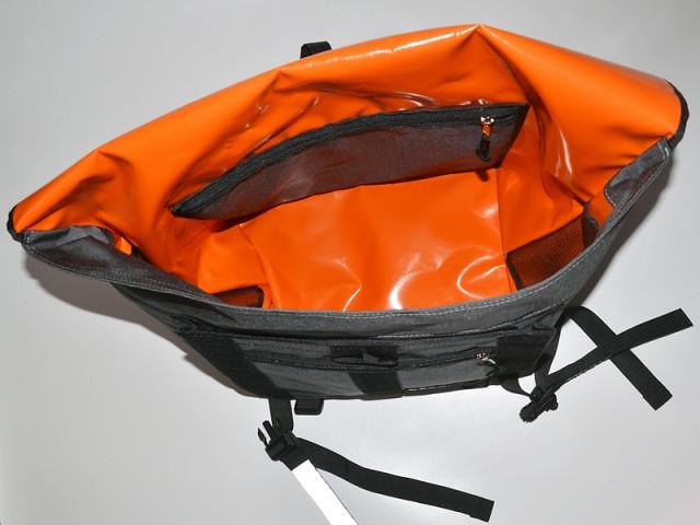 bagaboo workhorse messenger táska szivacsos zseb