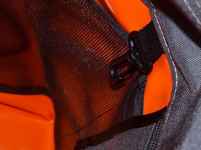 bagaboo workhorse messenger táska kulcstartó karabíner